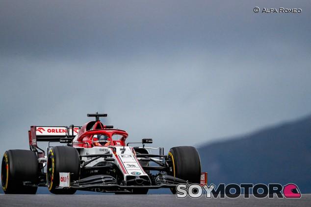 Pirelli destaca la durabilidad del neumático medio en Portimao - SoyMotor.com