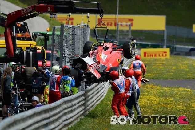 Los comisarios retiran el Ferrari de Räikkönen tras el accidente de Austria - laF1