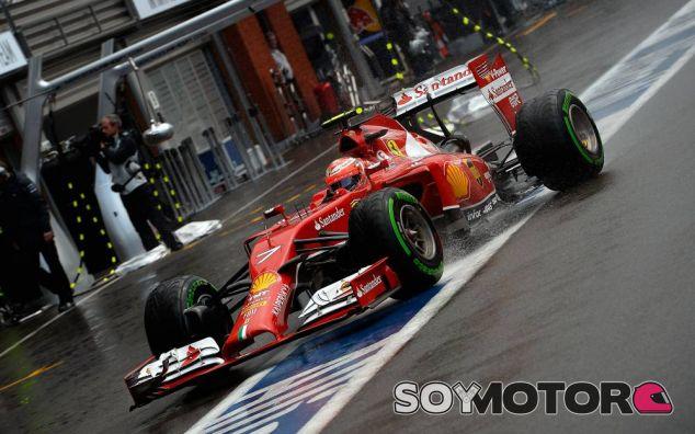 Kimi Räikkönen a los mandos de su F14 T - LaF1
