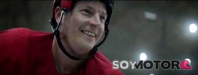 Raikkonen, estrella del hockey en el anuncio del Ferrari GTC4Lusso T - SoyMotor.com