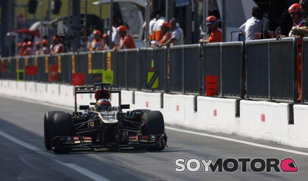 Kimi Räikkönen hoy en el pit lane de Monza - LaF1