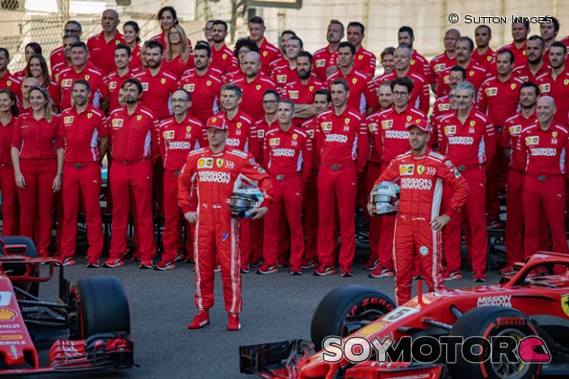 Kimi Räikkönen y Sebastian Vettel en Yas Marina - SoyMotor.com