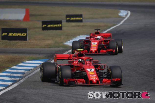 Kimi Räikkönen y Sebastian Vettel en Hockenheim - SoyMotor.com