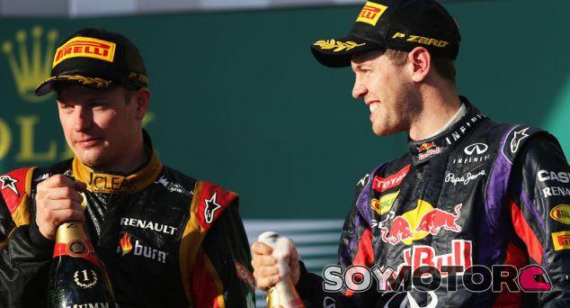 Kimi Räikkönen y Sebastian Vettel en el podio de Melbourne - LaF1