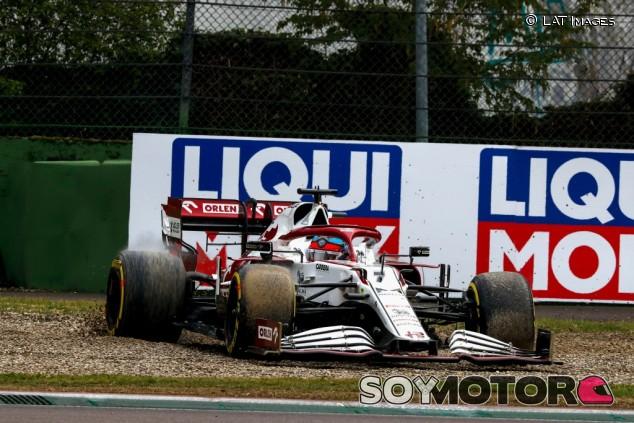 La FIA explica la sanción a Räikkönen en Imola: Debió haber salido desde el pit-lane - SoyMotor.com