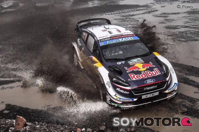 Sébastien Ogier y Julien Ingrassia en el Rally de Gran Bretaña 2018 - SoyMotor.com