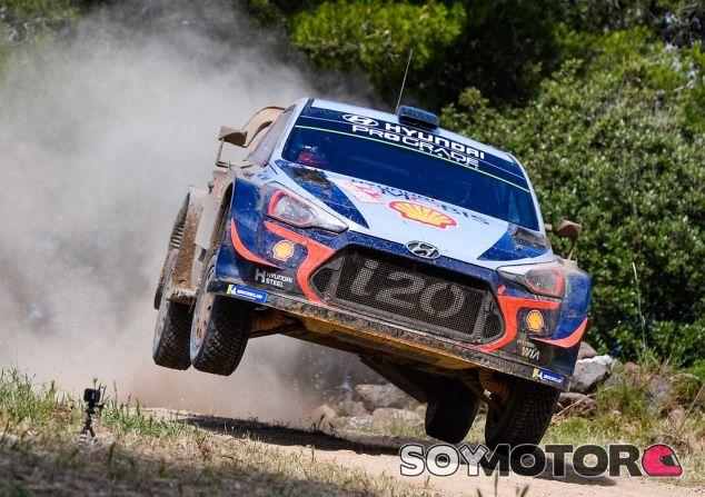 Thierry Neuville en el Rally de Italia 2018 - SoyMotor.com