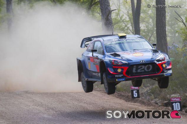 Andreas Mikkelsen en Turquía - SoyMotor.com