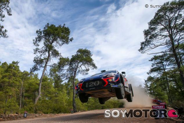 Thierry Neuville en el Rally de Turquía 2018 - SoyMotor.com
