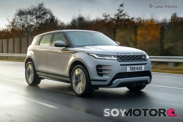 Range Rover Evoque P300e: el híbrido enchufable ya está aquí - SoyMotor.com