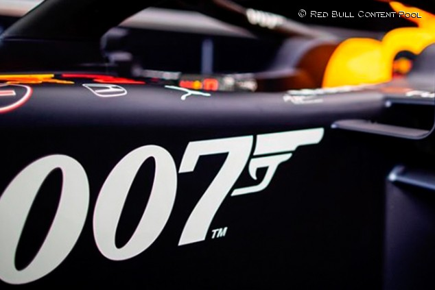 Red Bull sorprende con decoración de James Bond en Gran Bretaña - SoyMotor.com