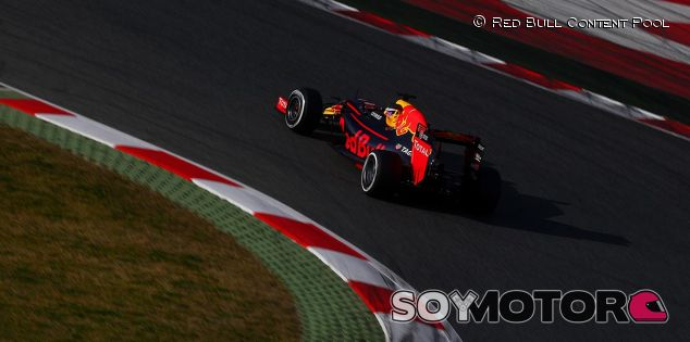 Red Bull en los tests invernales de 2016 - LaF1