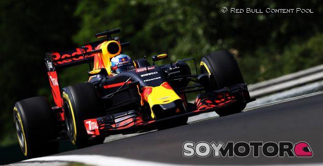 Mercedes tiene 47 caballos de potencia más que Renault - LaF1