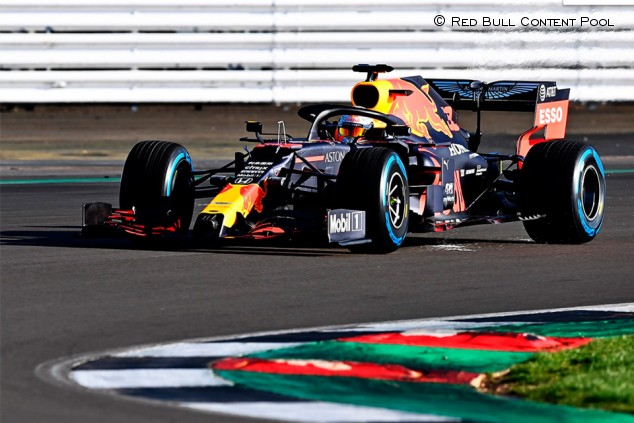 El Red Bull RB16 ya rueda con Verstappen en Silverstone - SoyMotor.com