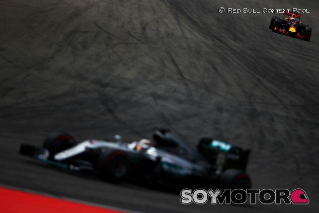 Red Bull persigue a Mercedes en Alemania - LaF1