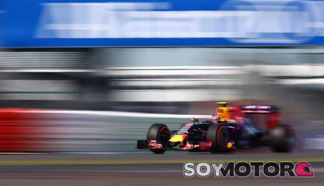 Lauda niega que Mercedes esté en negociaciones con Red Bull - LaF1
