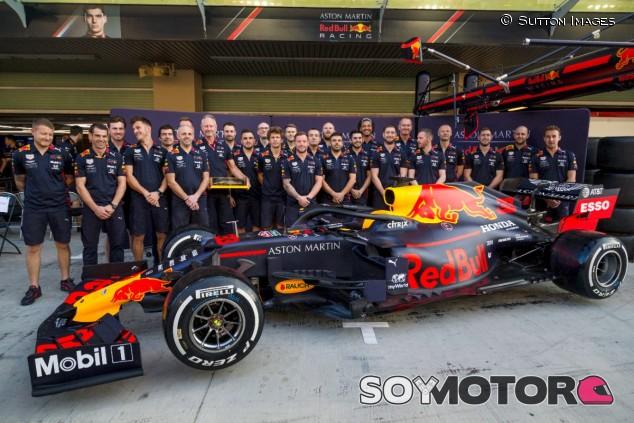 Red Bull celebra el Mundial de Paradas 2019 en Yas Marina - SoyMotor.com