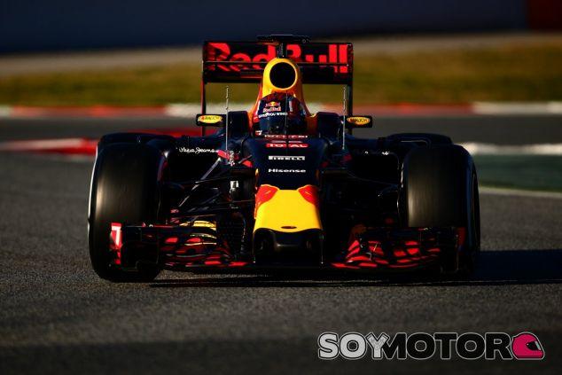 Kvyat confirma el problema de frenos en Red Bull - LaF1