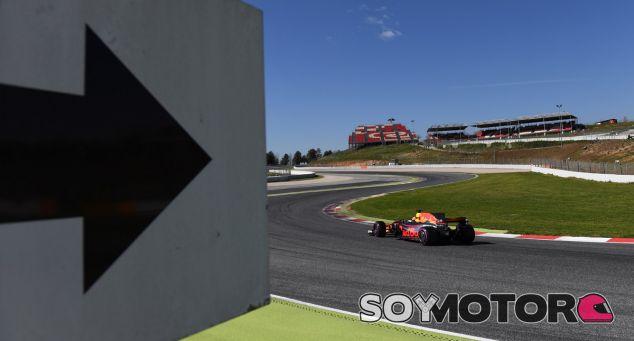 Sirotkin confía en que Red Bull pueda superar a Mercedes y Ferrari - SoyMotor.com