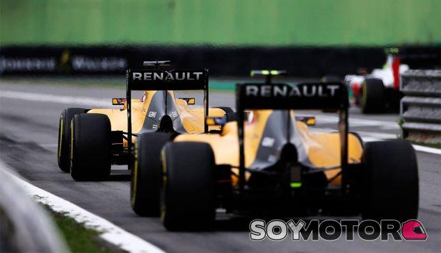 Kevin Magnussen y Jolyon Palmer en Sao Paulo - LaF1