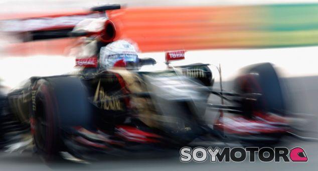 """Renault """"la pifió"""" con el desarrollo del motor de 2014, según Grosjean"""
