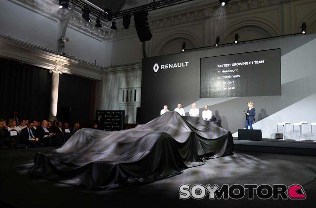 Presentación del RS17 - SoyMotor.com