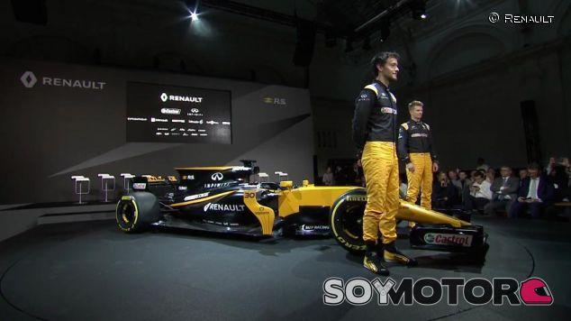 Jolyon Palmer y Nico Hülkenberg en la presentación de Renault - SoyMotor