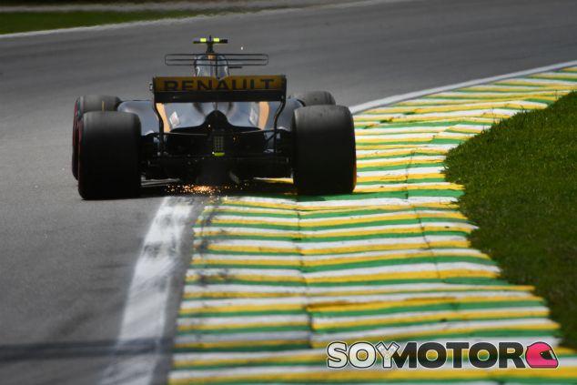 Carlos Sainz en Interlagos - SoyMotor.com