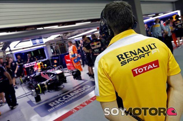 A pesar de que la relación entre Renault y Red Bull está casi rota, colaborarán juntos en 2016 - LaF1