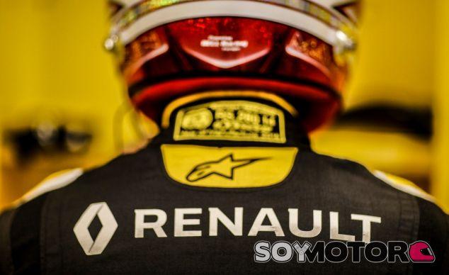 """Vasseur aclara su salida de Renault: """"Si quieres ganar en F1, tiene que haber un sólo jefe"""" - SoyMotor.com"""