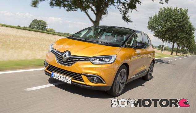 El fabricante francés podría no dar reemplazo a los actuales Renault Scénic y Grand Scénic - SoyMotor.com