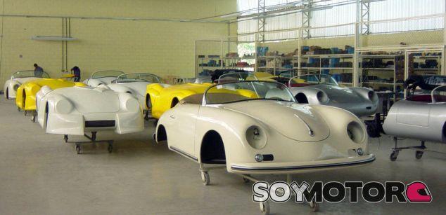 Cómprate una fábrica de réplicas - SoyMotor.com