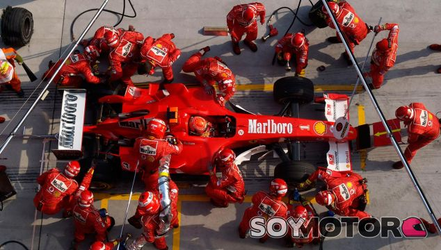 Michael Schumacher en China 2004 - LaF1