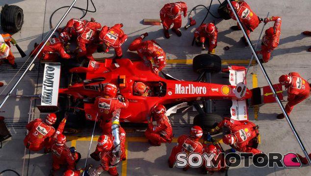 Michael Schumacher en China 2004 - LaF1