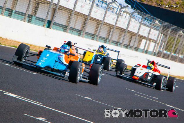 Carrera de la F4 española en Jerez en 2017 - SoyMotor.com