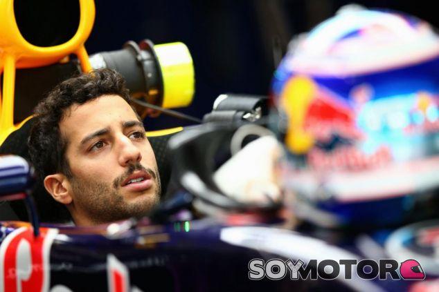Ricciardo empezó el año cargado de ilusión, pero pronto se golpeó contra la realidad - LaF1