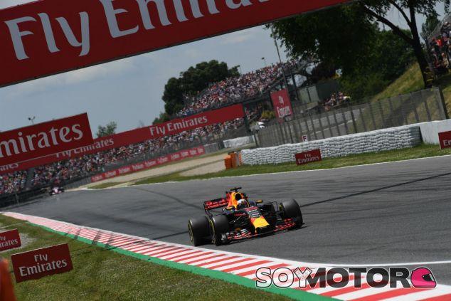 """Horner: """"Vamos a rezar hasta que la mejora de Renault llegue""""- SoyMotor.com"""
