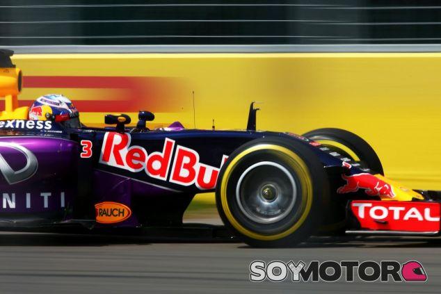 Daniel Ricciardo con el RB11 en Montreal - LaF1