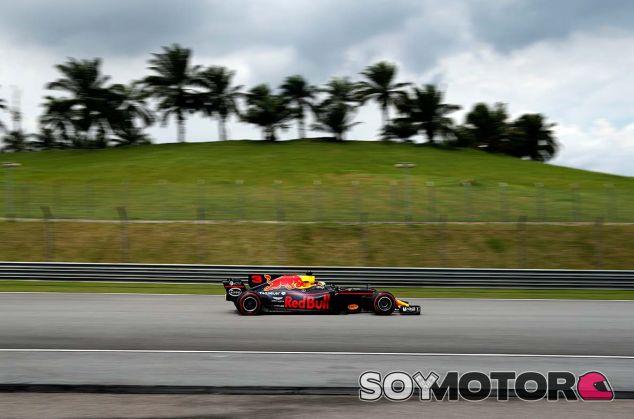 Daniel Ricciardo en Sepang - SoyMotor.com