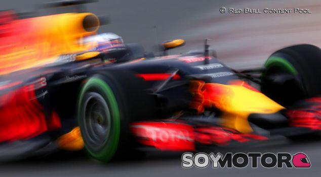 Test F1 en Barcelona: Día 2 minuto a minuto - LAF1.es