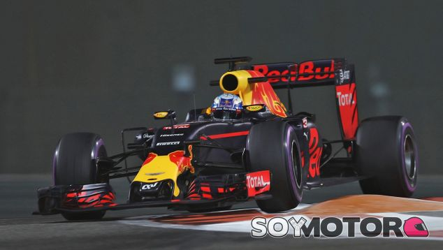Ricciardo espera tener opciones en carrera con la estrategia de neumáticos - SoyMotor