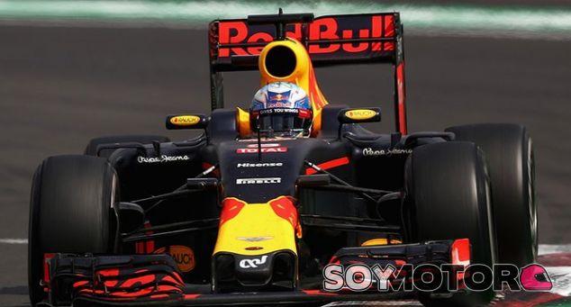 Ricciardo, durante la carrera en México - LaF1