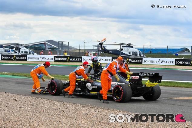 Daniel Ricciardo en los Libres 2 del GP de Gran Bretaña F1 2019 - SoyMotor