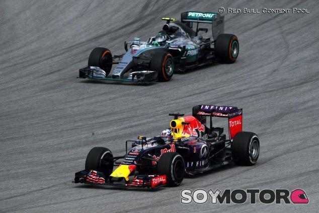 Daniel Ricciardo y Nico Rosberg - LaF1