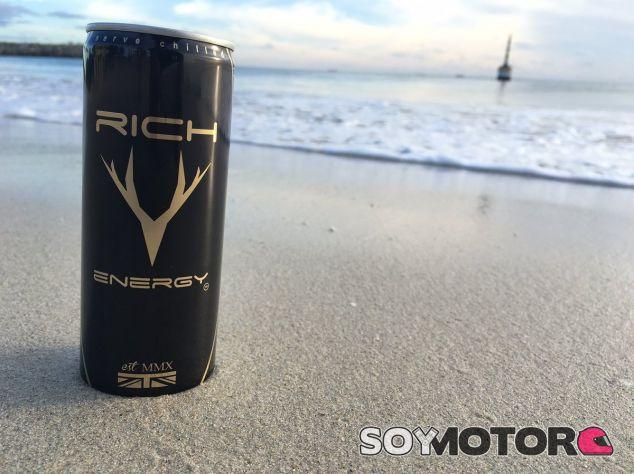 Una lata de Rich Energy – SoyMotor.com