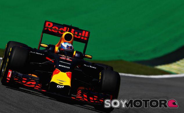 Ricciardo, en el trazado de Interlagos - LaF1