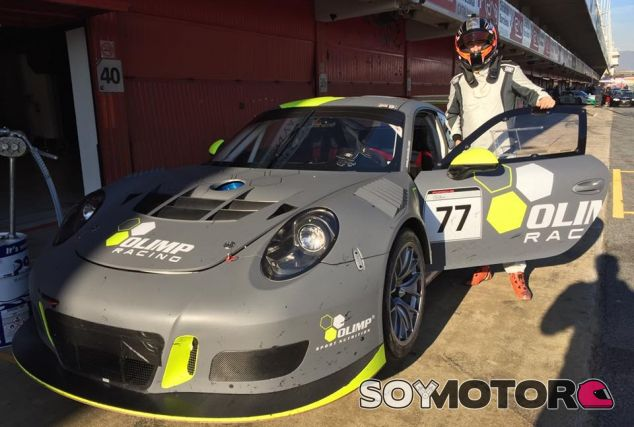 Robert Kubica con el Porsche 911 GT3 R del equipo polaco Olimp Racing - SoyMotor.com