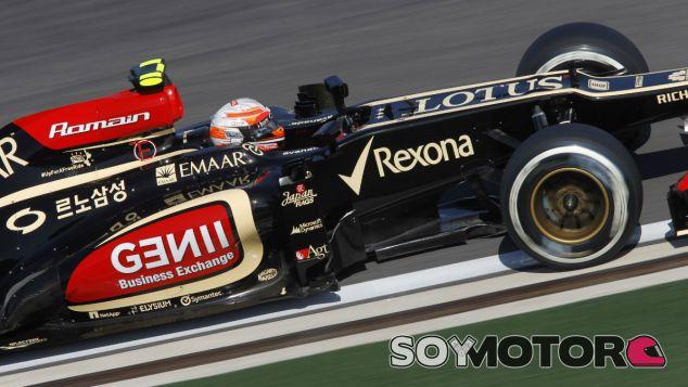 Romain Grosjean con el Lotus E21 - LaF1