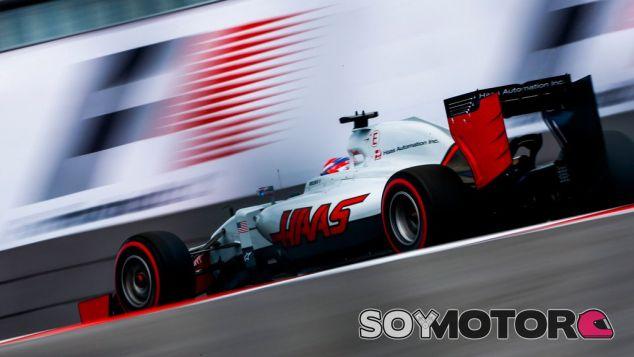 Haas espera una carrera alocada mañana para poder optar a los puntos - LaF1