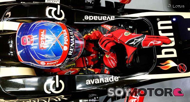 Romain Grosjean pilotó con la configuración del E21 hasta China